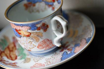 有田焼 賞美堂 其泉窯(きせんがま) 春秋文コーヒー碗皿